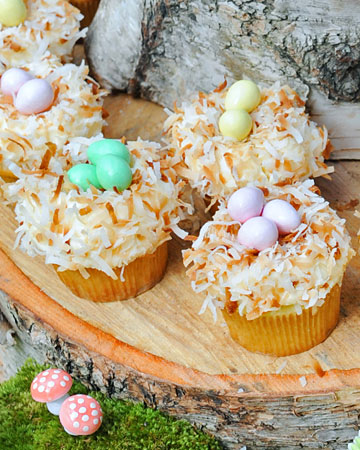 041711_coconut_cupcakes_xl