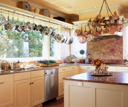20-creative-ideas-to-organize-pots-and-pans-storage-on-your-kitchen5-500x416