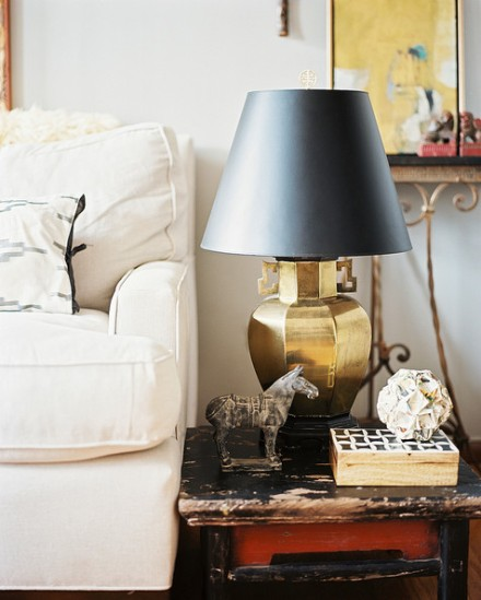 Rustic+Side+Table+brass+lamp+black+lampshade+6dl7Hmp1AF4l