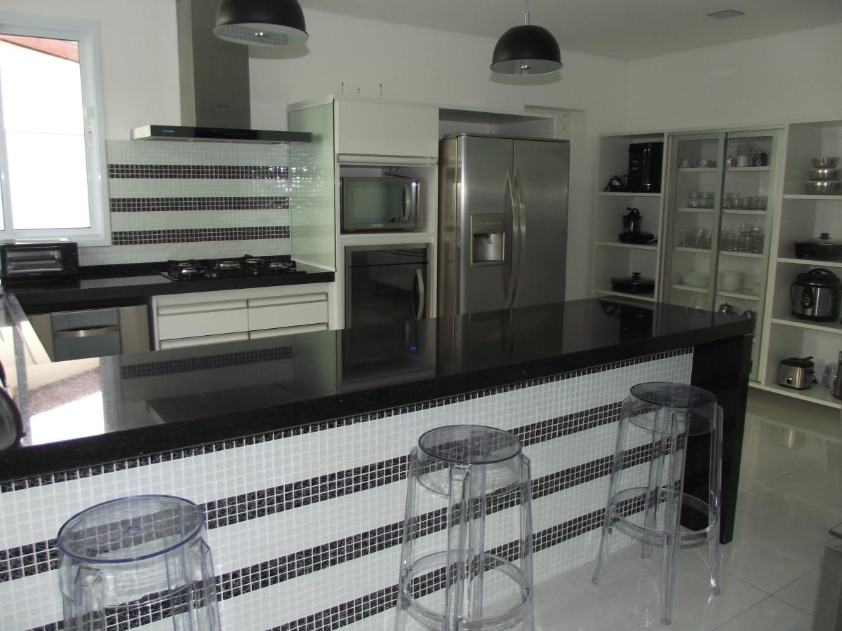 Mais um projeto concluído – cozinha e lavanderia se fosse na  #4E4F5B 1200 900