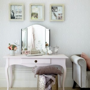 Bedroom-dressing-table-traditional-Ideal-Home