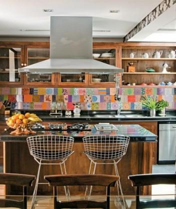 mosaico-de-azulejos-cozinha-coloridos-e1347960661774