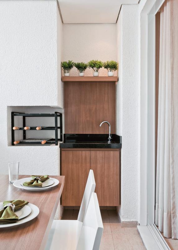 Varanda gourmet pequena por m charmosa se fosse na for Apartamentos decorados pequenos