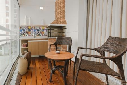 Decoração-de-Varanda-Pequena-com-Churrasqueira-em-Apartamento-13