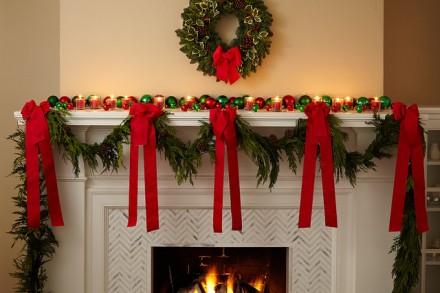 Decoração-Natal-com-fitas-vermelhas.jpg