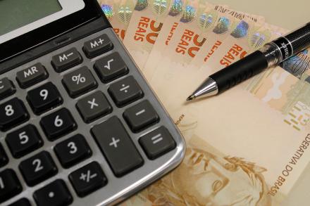 dinheiro_calculadora.png