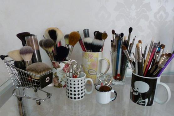 maneiras-diferentes-organizar-itens-maquiagem10