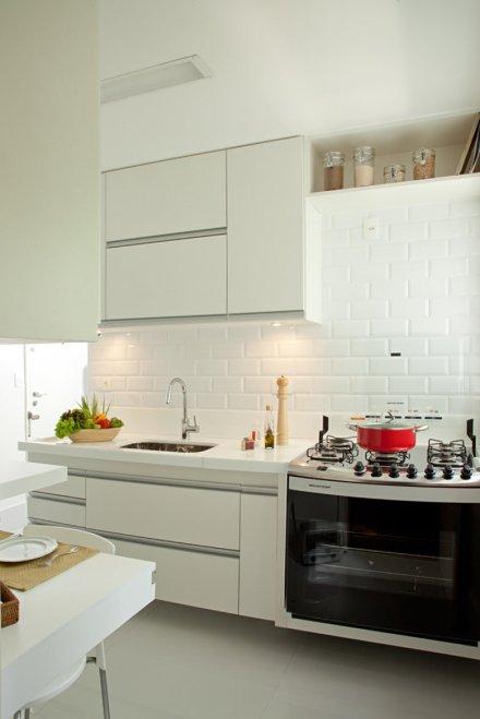 subway-tiles-8-cozinhas-que-apostam-no-revestimento-2