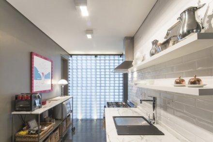 subway-tiles-8-cozinhas-que-apostam-no-revestimento-7.jpeg
