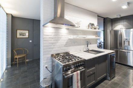 subway-tiles-8-cozinhas-que-apostam-no-revestimento-8