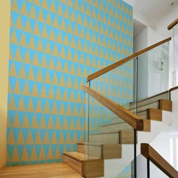 decorating-staircase-walls-with-wallpaper.jpg