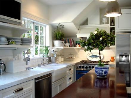 17-cozinha-vasos-em-cima-da-bancada.jpg