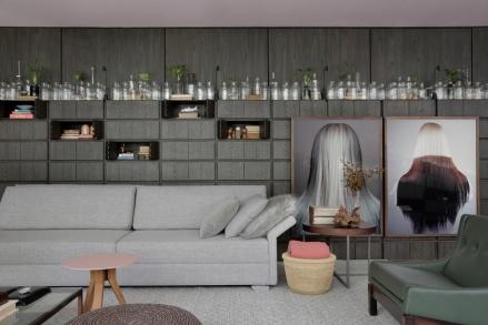 casa-cor-sp-2017-casa-niwa-sofa-cinza